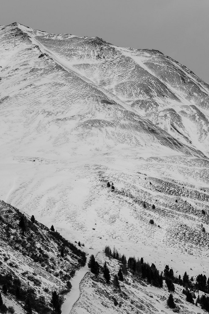 Snowy mountain - study [A0022267-20170301-143620]